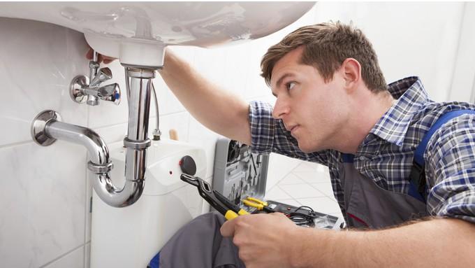 Confinement : appeler un plombier pour une urgence c'est possible?