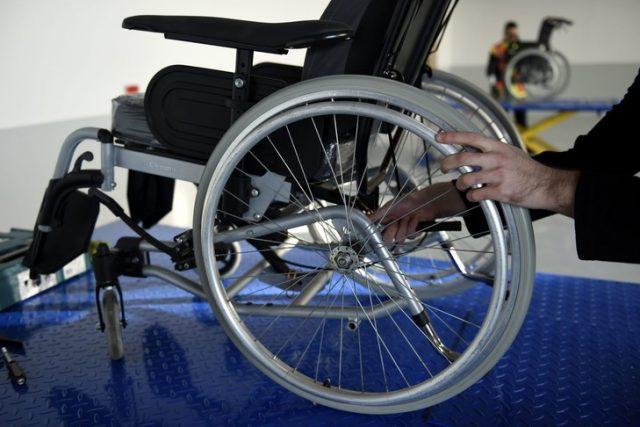 Quel est le prix d'un fauteuil roulant électrique ?