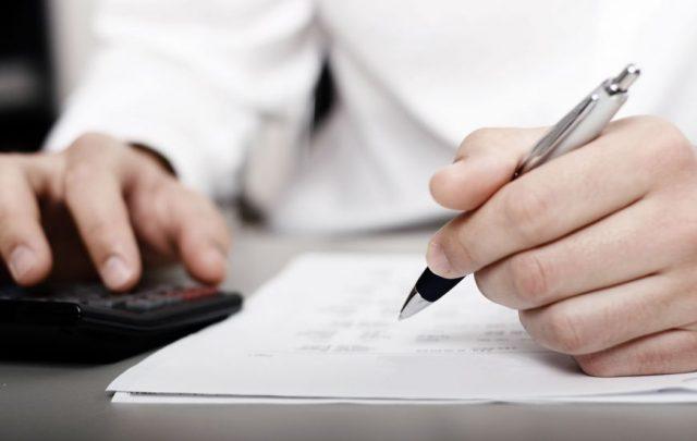 Quelles sont les tâches confiées à un comptable ?